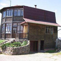 Строительство дачных домов, особенности выбора материала и архитектуры